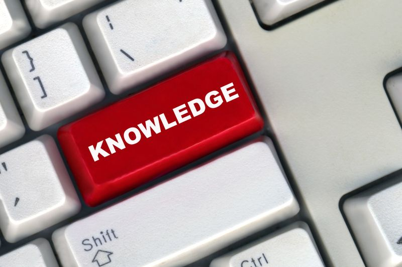 Purchased image knowledge in red Fotolia_2733011_S