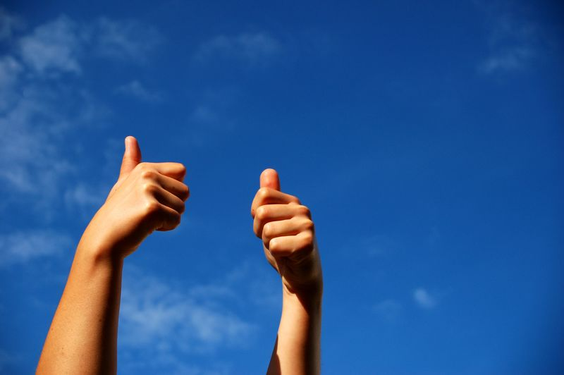 Purchased - Thumbs Up - Blue Sky Fotolia_1323878_M
